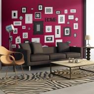 Papier peint  Burgundy wall with frames